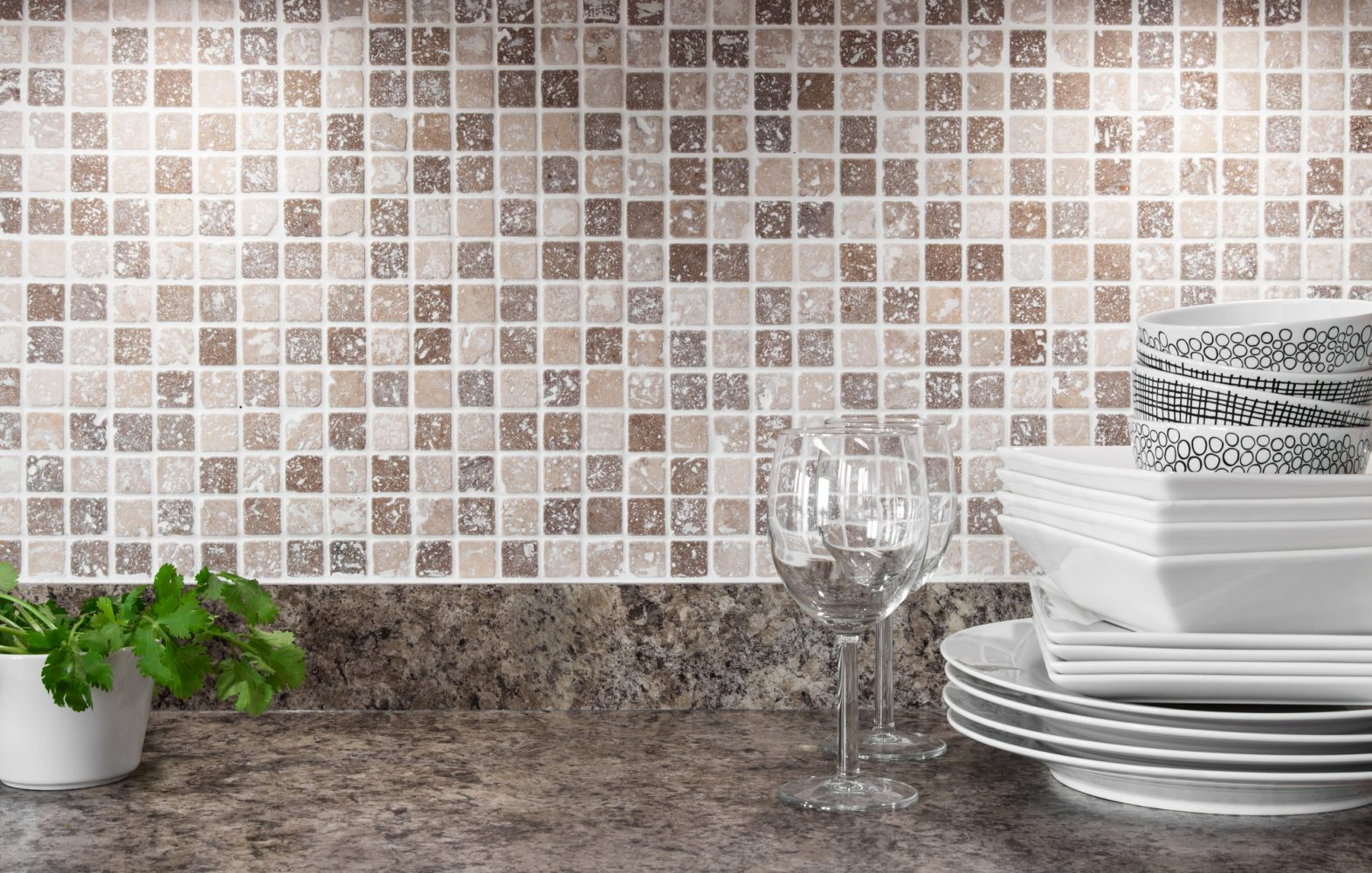 How to install a mosaic tile backsplash in the kitchen or bathroom