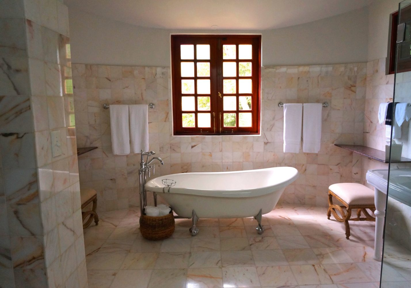 natural stone tile store wholesale company tampa